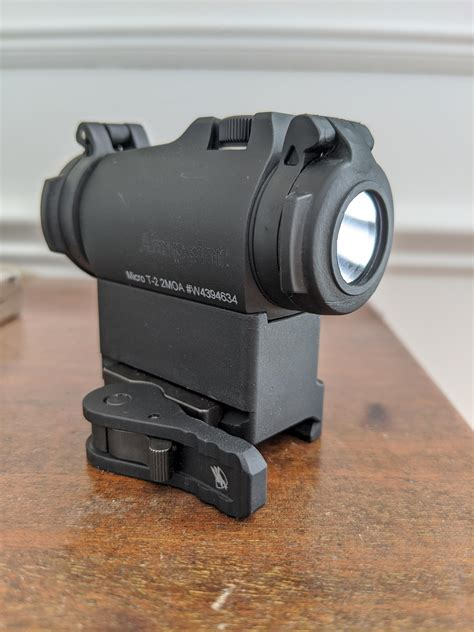 Aimpoint T2 Mount