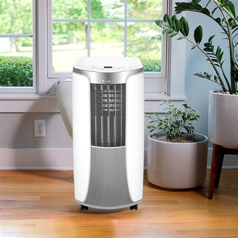 Air conditioner with heat Image