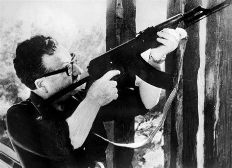 Ak 47 Fidel Salvador Allende