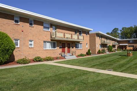 Alpine Court Apartments Math Wallpaper Golden Find Free HD for Desktop [pastnedes.tk]