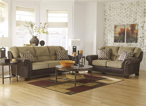 Americus 2 Piece Living Room Set