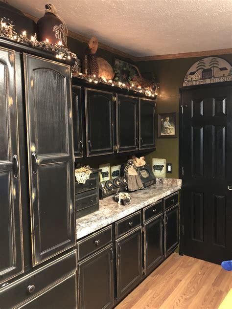 Antique Black Kitchen Cabinets Image