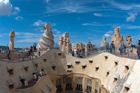 Antoni Gaudi Architecture Math Wallpaper Golden Find Free HD for Desktop [pastnedes.tk]