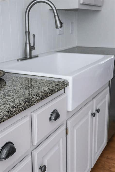 apron front sink installation.aspx Image