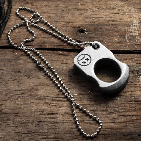 Are Spiked Or Regular Brass Knuckles Better For Self Defense