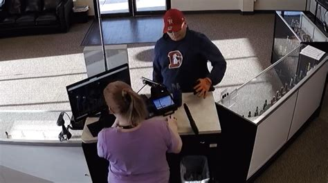 Attempted Robbery Of Gun Store