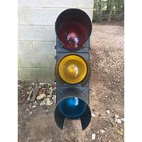Automatic auction traffic discounts