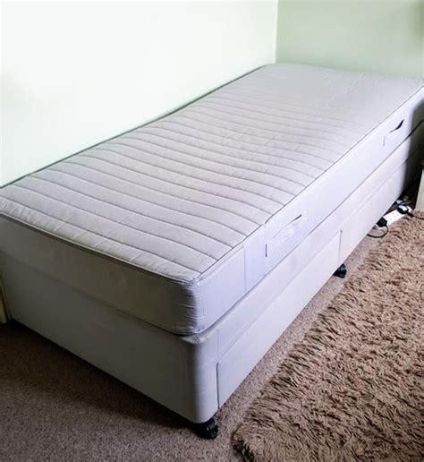 Base for single bed Image
