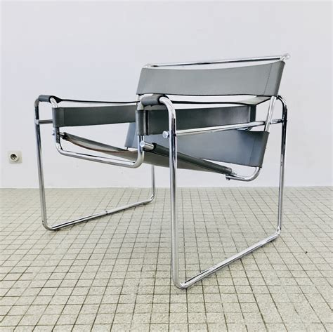 Bauhaus chair design Image