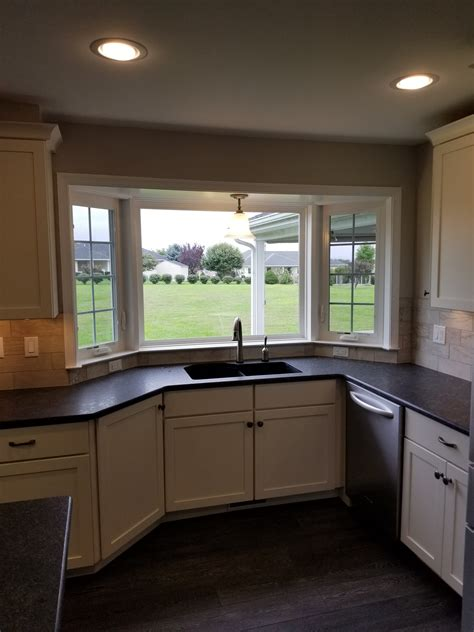 Bay Window In Kitchen Iphone Wallpapers Free Beautiful  HD Wallpapers, Images Over 1000+ [getprihce.gq]