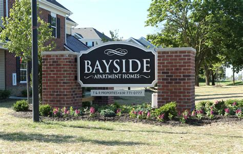 Bayside Apartments Math Wallpaper Golden Find Free HD for Desktop [pastnedes.tk]