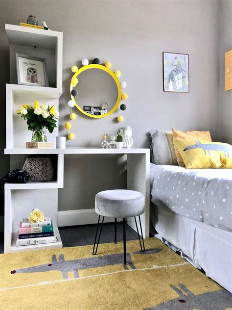 Bedroom Seating Ideas For Small Spaces Iphone Wallpapers Free Beautiful  HD Wallpapers, Images Over 1000+ [getprihce.gq]
