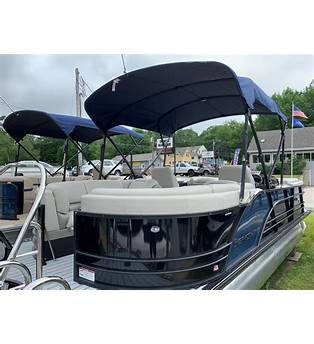 Berkshire Pontoon Boat Floor Plans