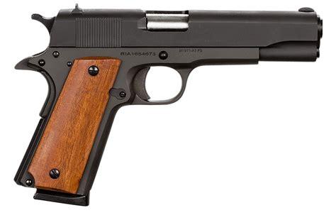 Best 45 Handgun For Small Hands