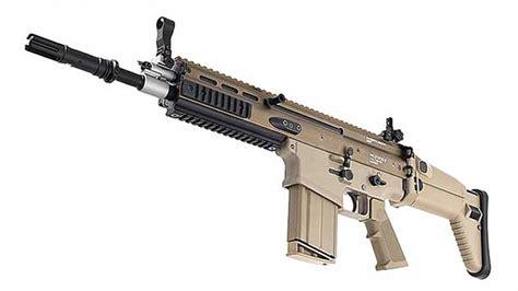 Best Assault Rifle In The World 2016