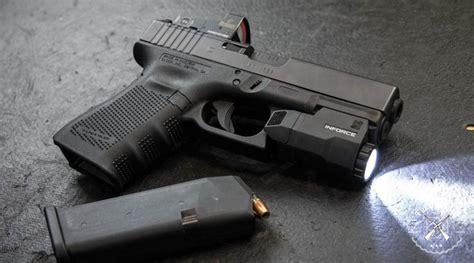 Best Flashlight For Glock 19
