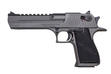 Best Handgun For Outdoorsmen