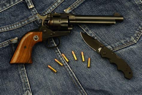 Best Survival Pistol