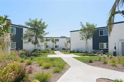 Beverly Plaza Apartments Math Wallpaper Golden Find Free HD for Desktop [pastnedes.tk]