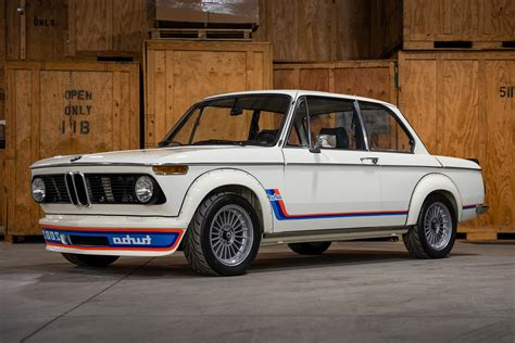 Bmw 2002 Pictures HD Wallpapers Download free images and photos [musssic.tk]