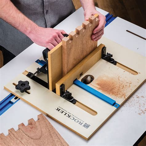 Box joint jig for router table Image