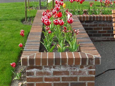 Brick planter boxes plans Image