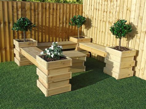 Build a bench seat for garden Image