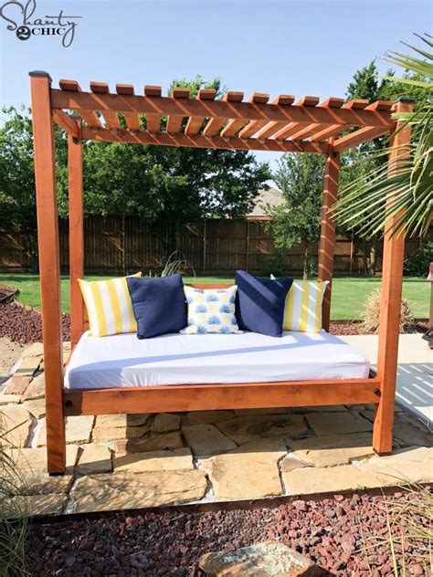 Build outdoor daybed plans Image