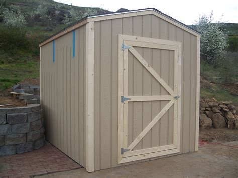 Building doors for shed Image
