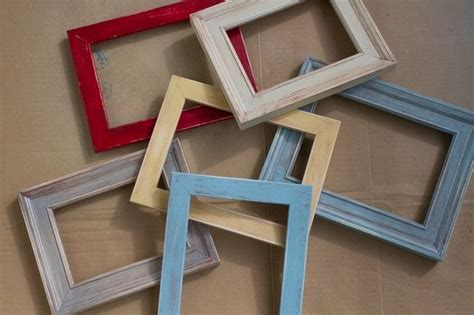 Building picture frames Image