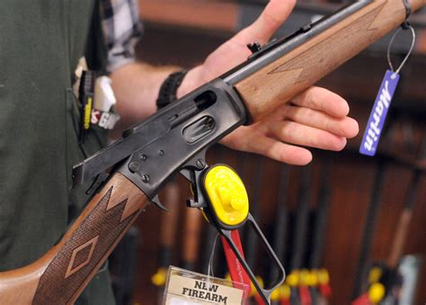Can A Tourist Purchaser Hunting Rifle In Michigan