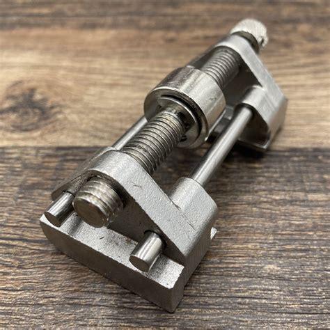 chisel sharpening jig.aspx Image