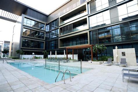 City Walk Apartments Math Wallpaper Golden Find Free HD for Desktop [pastnedes.tk]