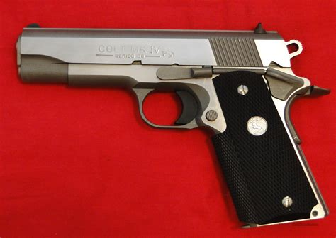 Colt 1911 Combat Commander Series 80