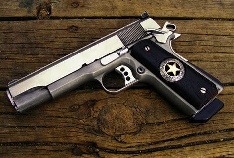Colt 1911 Handle