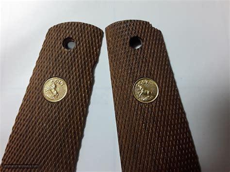 Colt 1911 Original Wood Grips