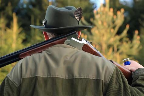 Cop Shoots Deer With Shotgun