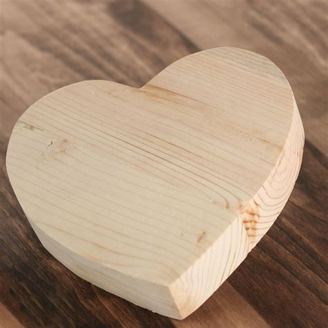 Craft hearts wood Image