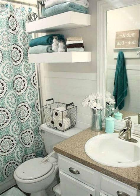 Decorate Small Bathroom Ideas