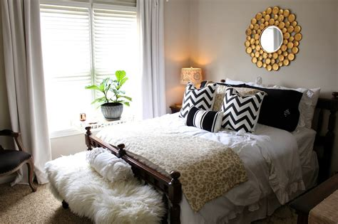 Decorating A Guest Bedroom Iphone Wallpapers Free Beautiful  HD Wallpapers, Images Over 1000+ [getprihce.gq]