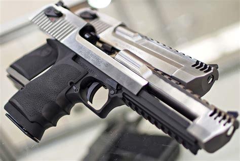 Desert-Eagle Desert Eagle Pistol Models.