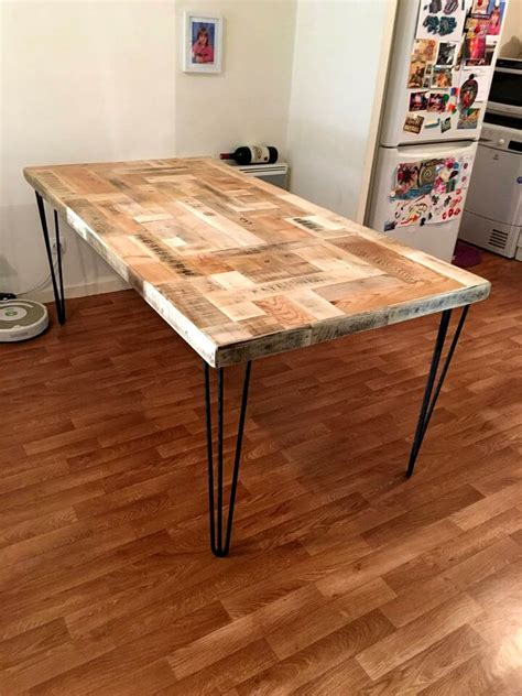 dining room table made from pallets.aspx Image