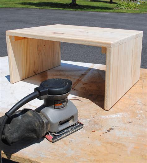 diy laptop table.aspx Image