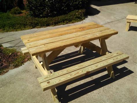Diy childrens picnic table Image