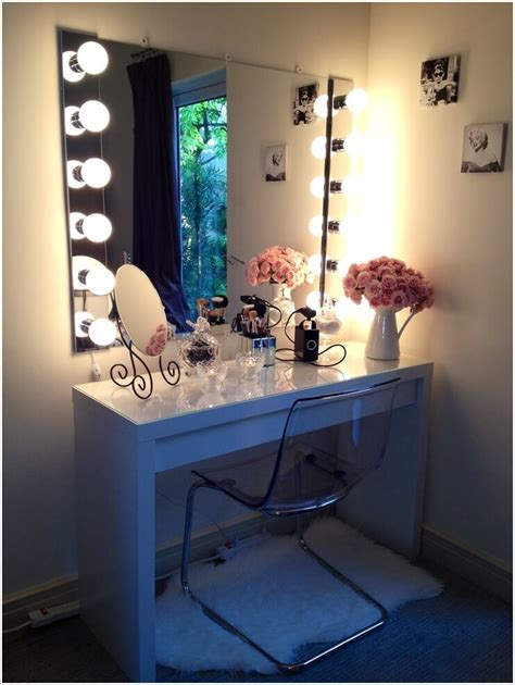 DIY Makeup Table Plans