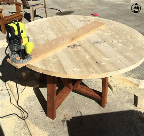 Diy round wood dining table Image