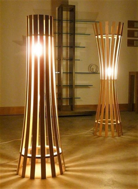 Diy wood floor lamp Image