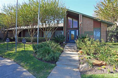 Does Remington Apartments Austin Texas Have Two Parts