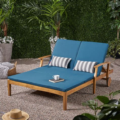 Double outdoor chaise lounge Image