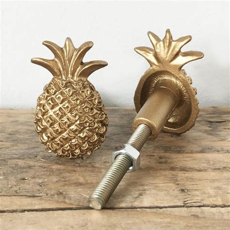 Drawer pull knobs Image